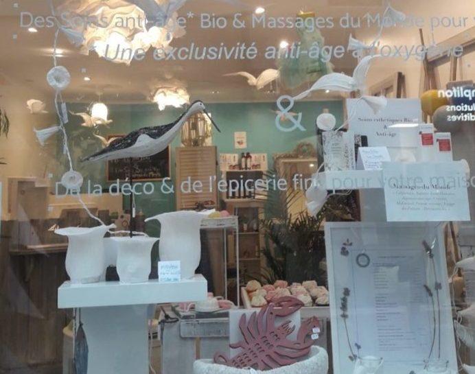 vue boutique depuis vitrine