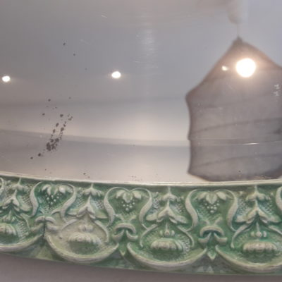 détail du miroir ovale vintage